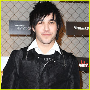 Black Cards: Pete Wentz's New Music Project!