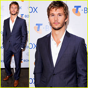 Ryan Kwanten: Telstra T-Box Delivery