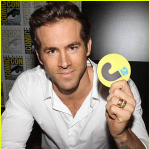 Ryan Reynolds: Green Lantern Costume Was Made With Most Aggravating Substance on Earth!
