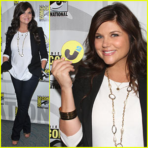 Tiffani Thiessen Talks 'White Collar' at Comic-Con - EXCLUSIVE