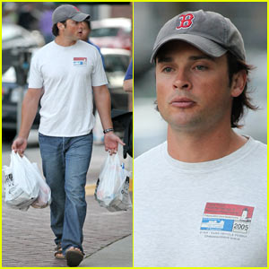 Tom Welling: Grocery Shopping for Superman