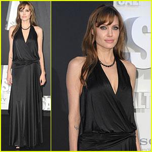 Angelina Jolie: Berlin Premiere of 'Salt'!