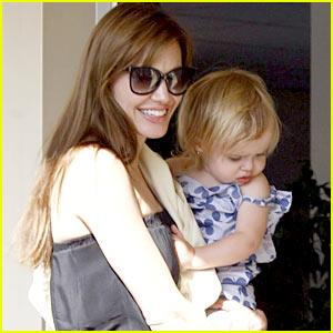 Angelina Jolie Has Hungary Twins