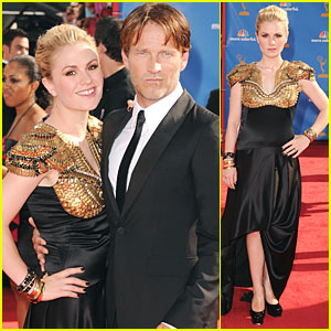 Anna Paquin & Stephen Moyer - Emmys 2010 Red Carpet