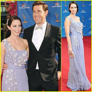 John Krasinski & Emily Blunt - Emmys 2010 Red Carpet