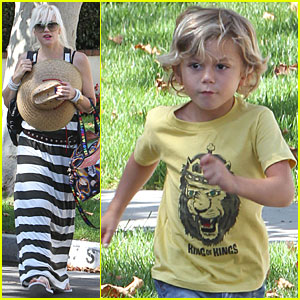 Gwen Stefani, Kingston & Zuma: Bonding at Grandma's!