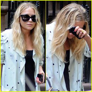 Mary-Kate Olsen Hides Behind Her Blackberry