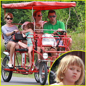 Michelle Williams: Quadricycle with Matilda Ledger!