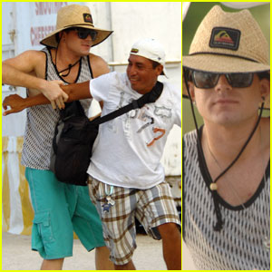 Adam Lambert: Beach Brawl!