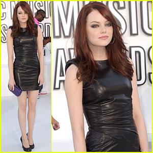 Emma Stone - MTV VMAs 2010 Red Carpet