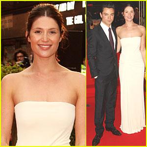 Gemma Arteron & Dominic Cooper: Tamara Drewe Premiere!
