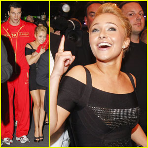 Hayden Panettiere Cheers on Boxing Boyfriend!