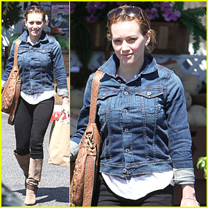 Hilary Duff Takes Her Pup for a Check-Up