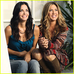 Jennifer Aniston in Cougar Town -- FIRST LOOK