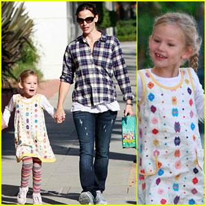 Jennifer Garner & Violet Affleck: Skippin' in Santa Monica!