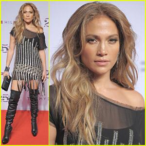 Jennifer Lopez: Tommy Hilfiger Fashion Fan