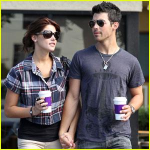 Joe Jonas & Ashley Greene: Coffee Couple