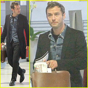 Jude Law: Plane Out of Paris!