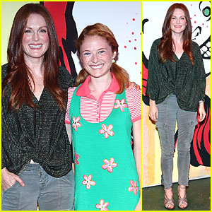 Julianne Moore: 'Freckleface Strawberry' Photocall!