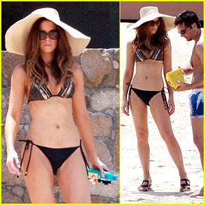 Kate Beckinsale: Labor Day Bikini!