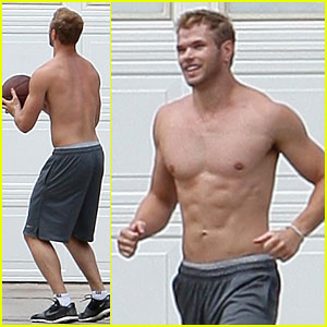 Kellan Lutz: Shirtless Basketball with Dickey Doo!