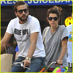 Marisa Tomei & Logan Marshall-Green: Bicycle Built for Two!