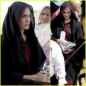 Angelina Jolie in Pakistan -- FIRST PICS