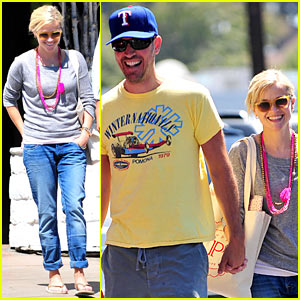 Reese Witherspoon: This Means War!!!