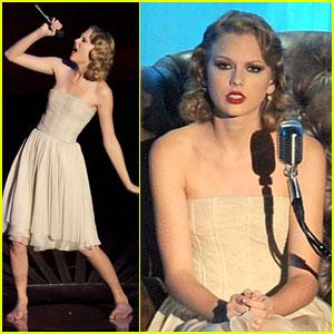 Innocent: Taylor Swift's VMAs Performance!