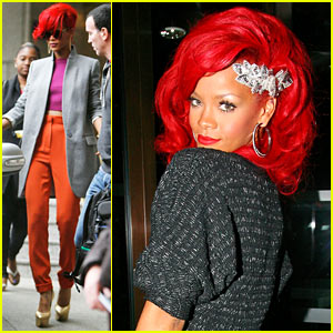 Alex Skarsgard: Rihanna is a 'Solid' Actress