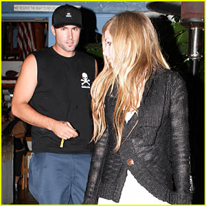 Avril Lavigne: Taverna Tony with Brody Jenner!