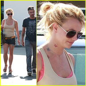 Britney Spears: Neck Tattoos?!