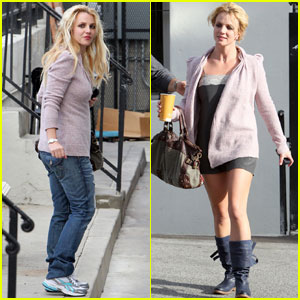 Britney Spears Shops and Swaps