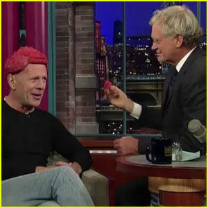 Bruce Willis Wears Meat Hairpiece — And David Letterman Eats It!