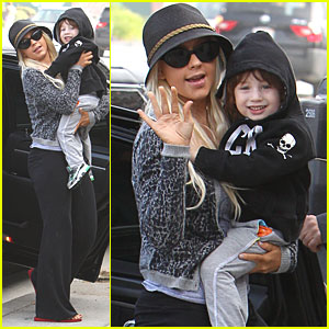 Christina Aguilera & Max: Smiles After Separation