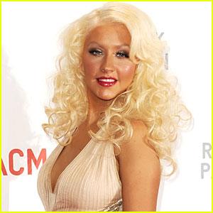 Christina Aguilera: Performing 'Burlesque' Number at 2010 AMAs!