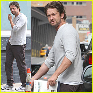 Gerard Butler: Apartment Hunting Downtown!