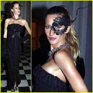 Gisele Bundchen: Masquerade Model