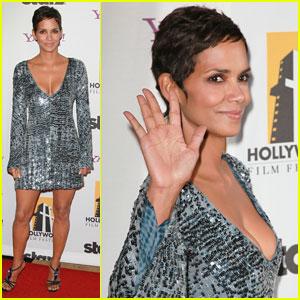 Halle Berry: Hollywood Awards Gala Gorgeous