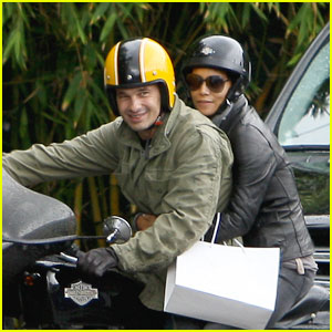 Halle Berry & Olivier Martinez: Motorcycle Mates