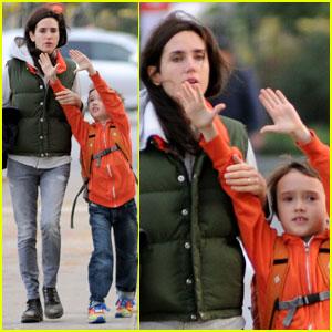 Jennifer Connelly's Mini Bodyguard: Son Stellan!