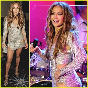 Jennifer Lopez: Carousel of Hope Performance!