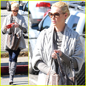Katherine Heigl Feeds The Meter