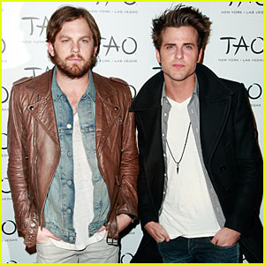 Caleb & Jared Followill: Tao Twosome