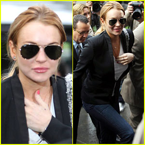 Lindsay Lohan: Back to Rehab Until January 3rd!