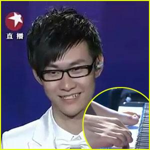 Armless Pianist Wins 'China's Got Talent'