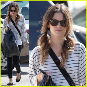 Rachel Bilson: Halloween Costume Shopping!