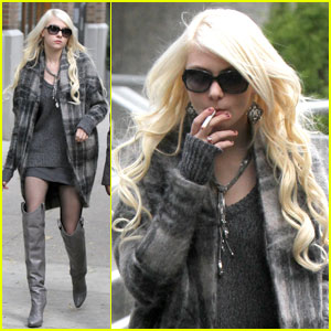 Taylor Momsen: 'I See Myself As Totally Insane'