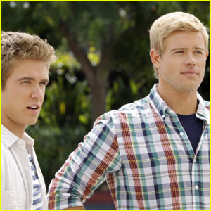 Trevor Donovan: '90210' Firemen Bachelor Auction