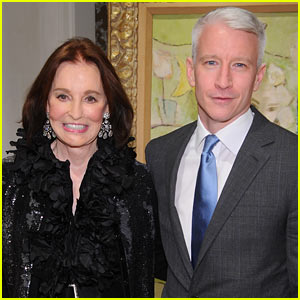 Anderson Cooper Helps Launch His Mom's Book